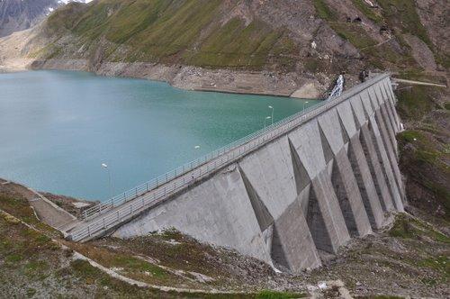 Corso di tecniche di monitoraggio al ghiacciaio del sabbione for Affitti cabina grande lago orso