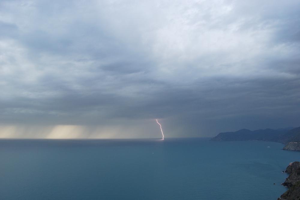 Nimbus web galleria fotografica meteorologica - Sopra un mare di specchi si vola ...